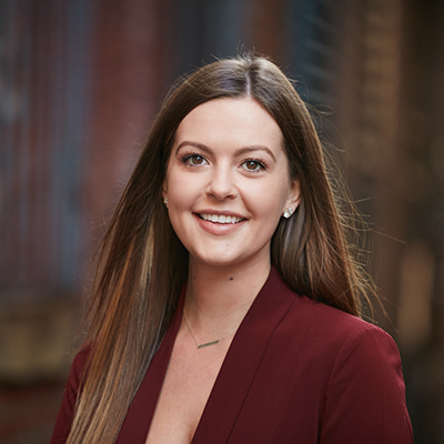 Cassie Van Loo, Seattle Real Estate Broker