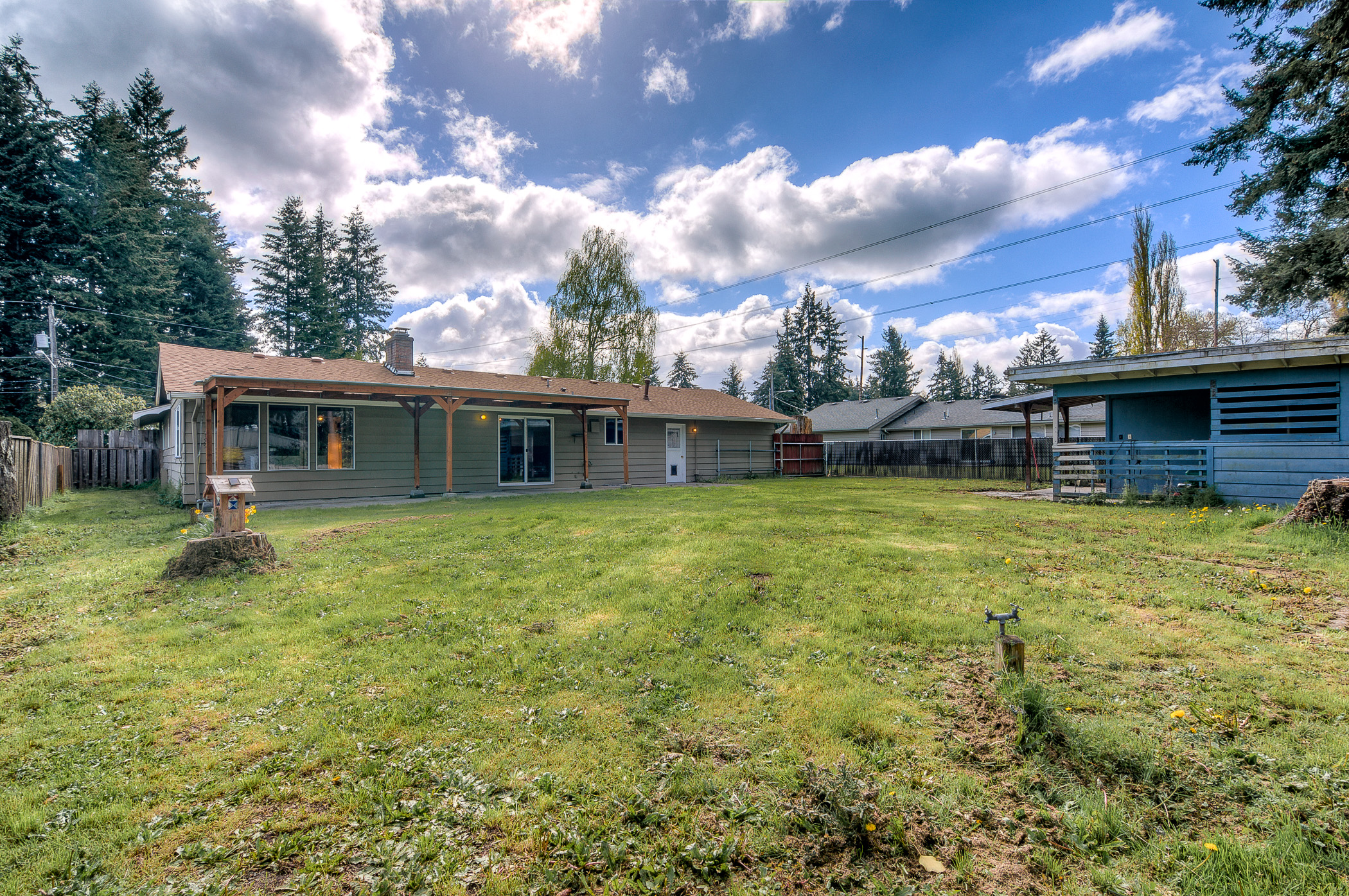 Updated rambler for sale in tacoma pointe3 real estate for Rambler homes for sale
